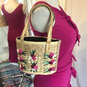 Handbags - Vintage Woven Straw Rattan Embroidered Flower Bag